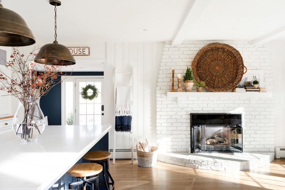 Home design - cottage home design idea in Minneapolis