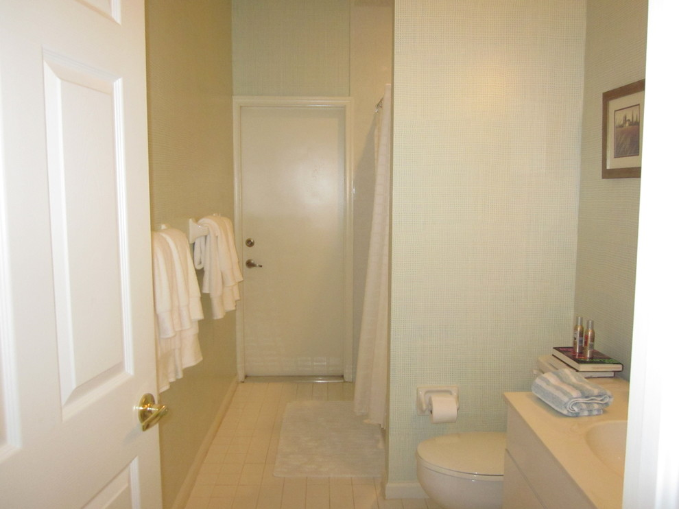 Bathroom Miracle Makeovers - Before Guest Bath