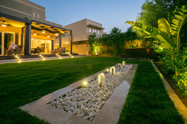 Ranches villa by hortus landscaping team hortus for Landscape villa design