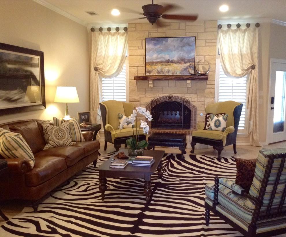 Inspiration for a southwestern home design remodel in Austin