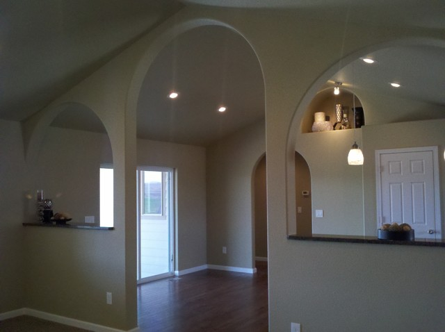 Open floor plan with vaulted ceilings modern omaha for Open floor plans with vaulted ceilings
