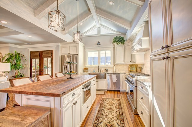 Inspiration For A Mid Sized Timeless L Shaped Bamboo Floor Open Concept  Kitchen Remodel