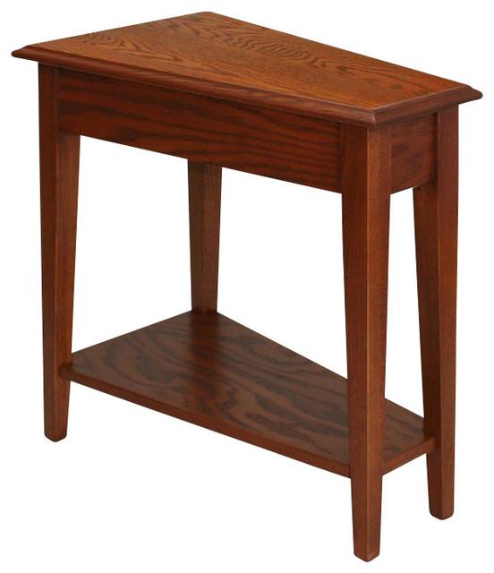 Leick Furniture Favorite Finds Recliner Wedge Table In Medium Oak.