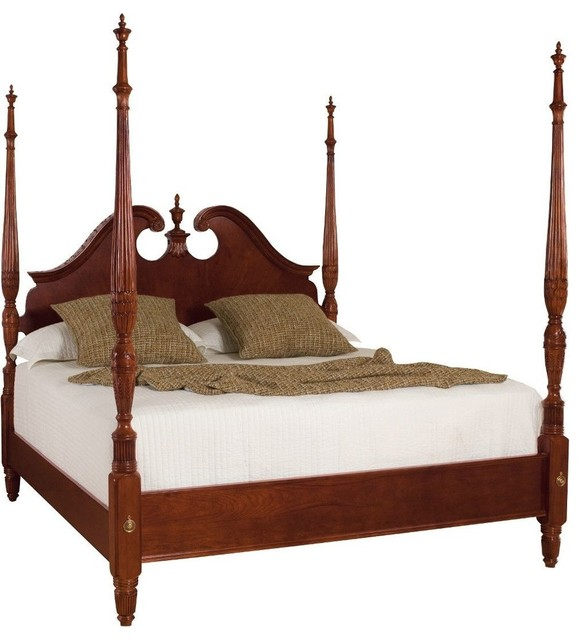 American Drew Cherry Grove Pediment Poster Bed, King.