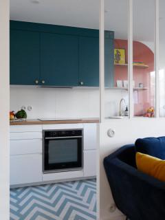 Un appartement parisien de 54 m2 haut en couleur 1