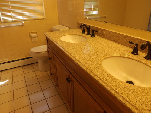 Current Bathroom Colors need help with bathroom colors