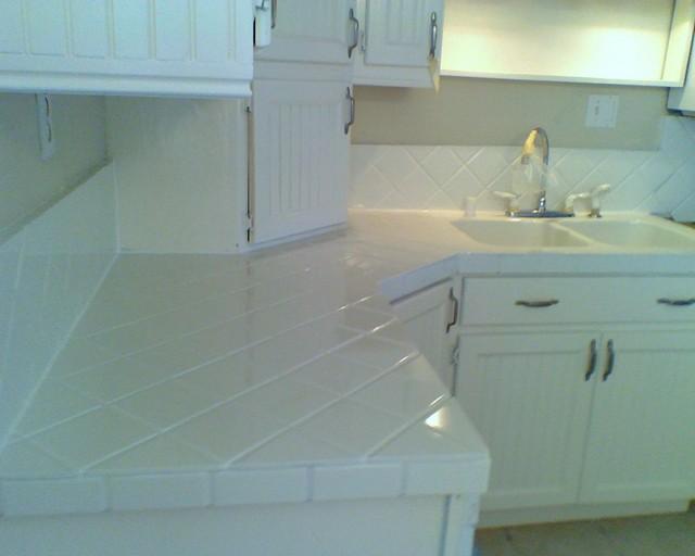 Awe Inspiring Refinishing Kitchen Tile Countertops Home Remodeling Inspirations Cosmcuboardxyz