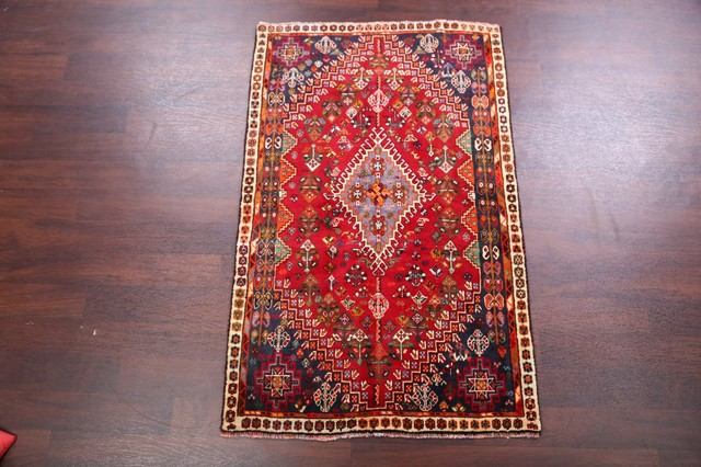 Consigned, Abadeh Nafar Persian Design Area Rug 5&x27;5&x27;&x27;x3&x27;5&x27;&x27;.