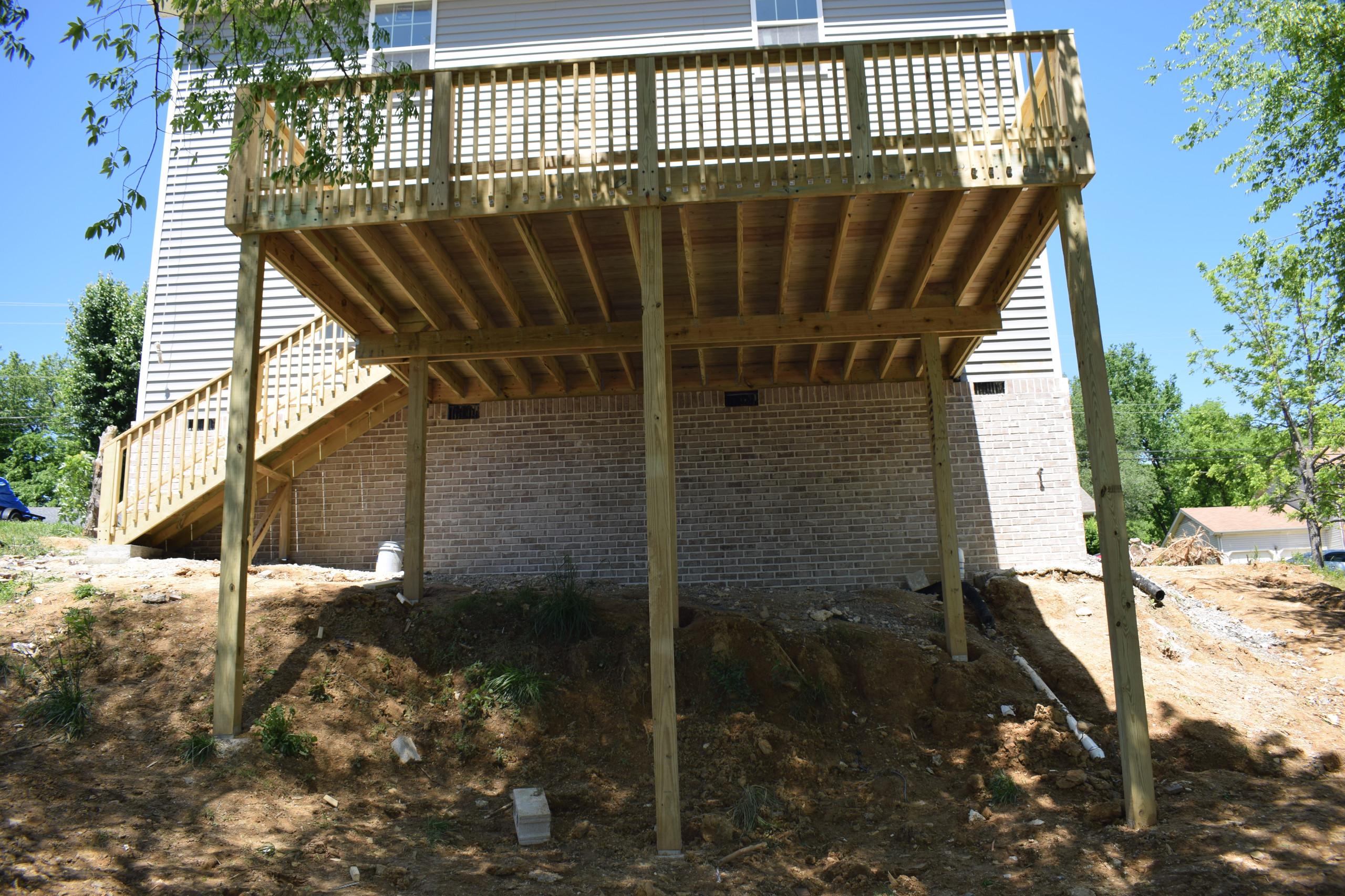 2nd floor deck