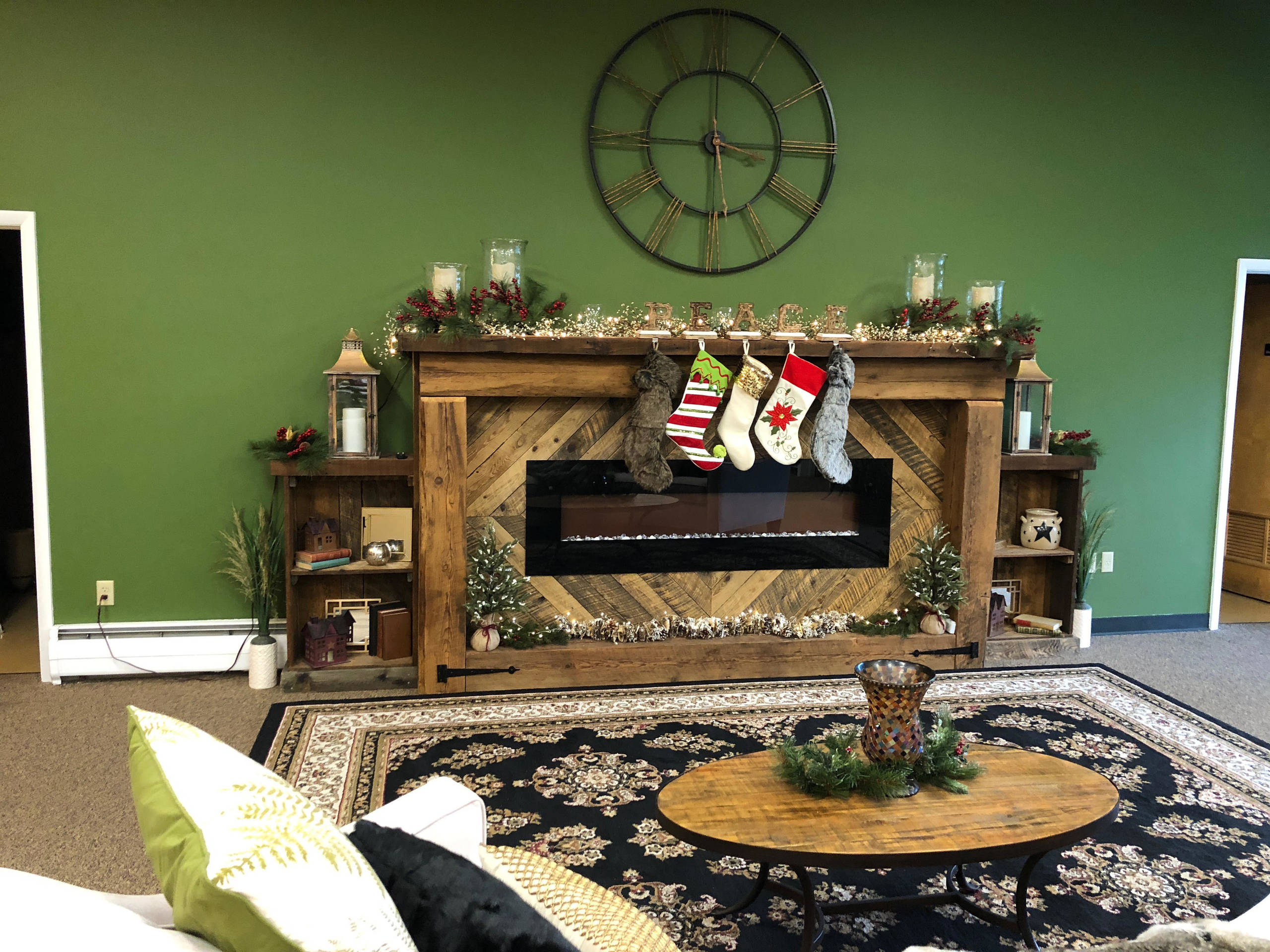 Holiday & Seasonal Decorating Projects