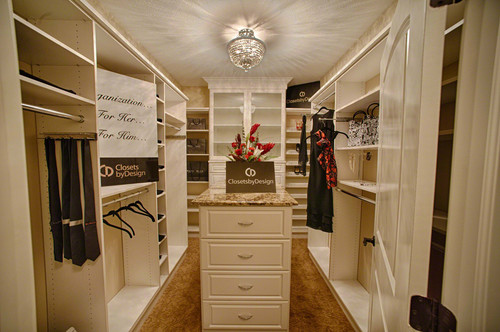 Can You Put A Dresser In The Middle Of A 8x10 Closet
