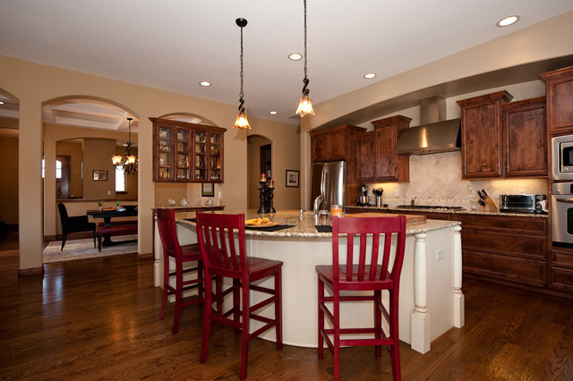 Traditional Open Kitchen Design In Denver CO