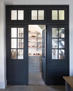 Costo vetrata divisoria in legno stile inglese for Stanza bonus oltre costo del garage