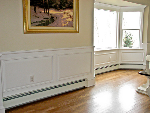 Colonial Wall Paneling : Classic colonial raised panel wainscoting traditional