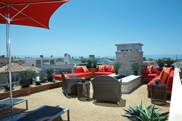 Example of a trendy home design design in Los Angeles