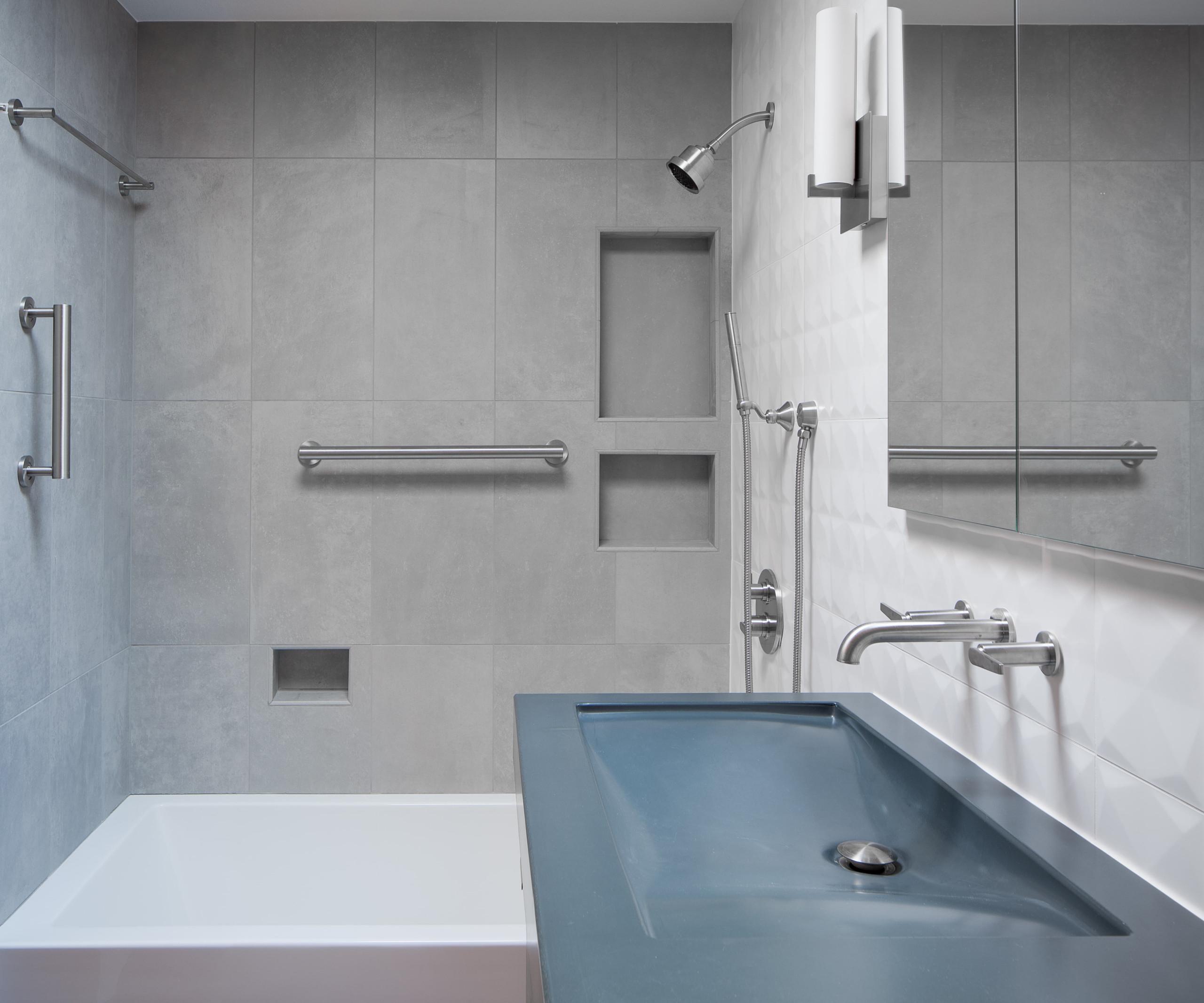 Mid-Century Modern Bathroom