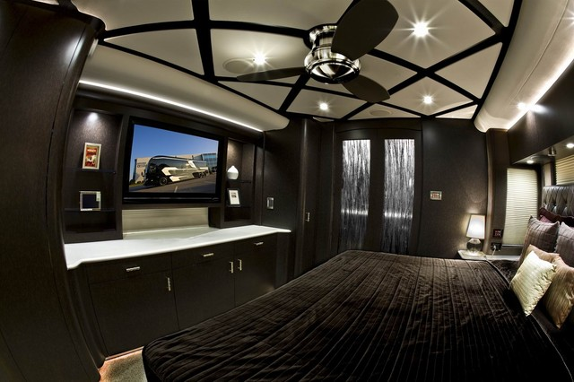 Featherlite Coach #1377 - Contemporary - Other - by