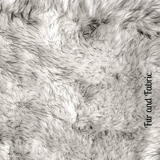 Black Tip Russian Wolf Faux Fur Shag Throw Area Rug, 4'x6'