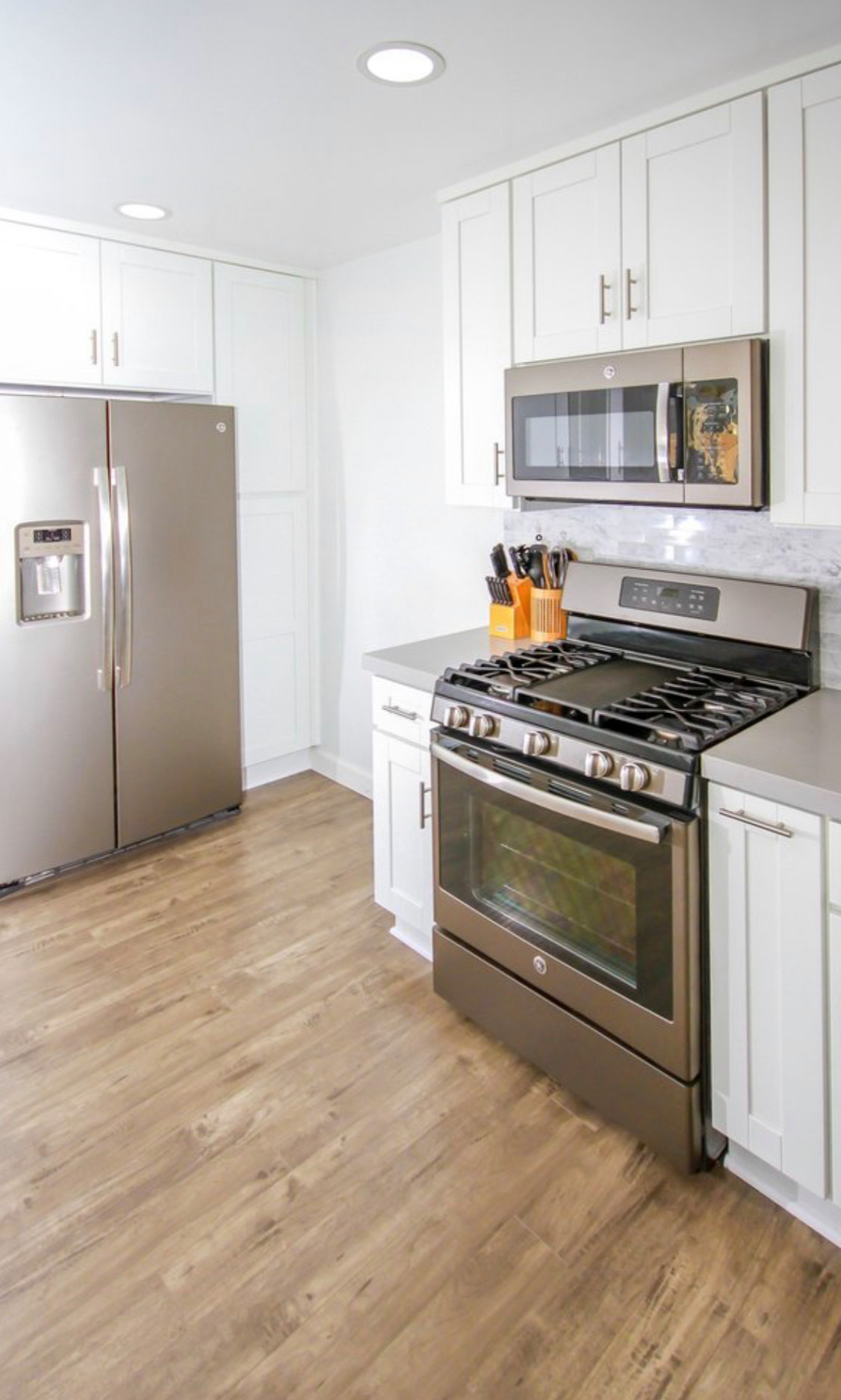 Kitchen remodeling and makeover in Winnetka