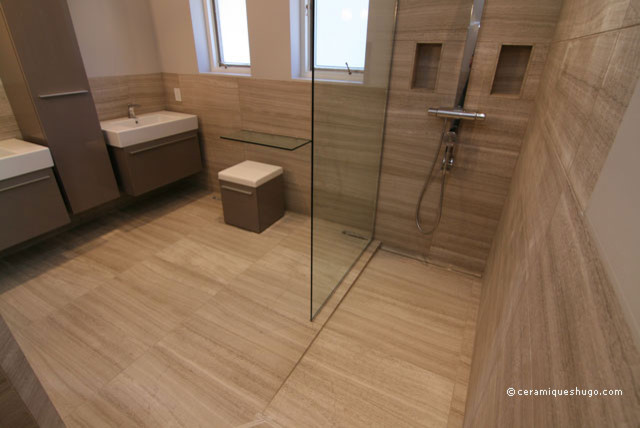 Bathroom In Natural Stone With A Curbless Shower Modern