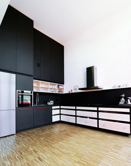 Ästhetische Materialkombi – eine Berliner Küche traut sich was