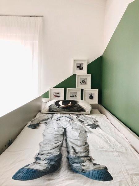 Immagine di una cameretta per bambini minimal