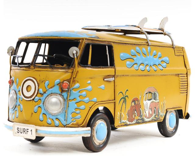 1967 Volkswagen Deluxe Bus 1:18