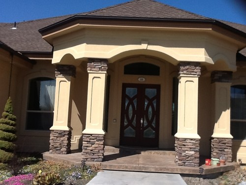 Front door, trim, garage door paint and accent ideas on Garage Door Painting Ideas  id=28996