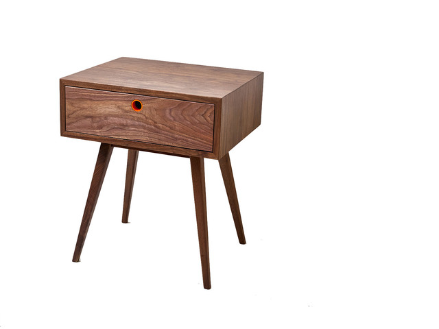 Clic Mid Century Modern Side Table Walnut Nightstand