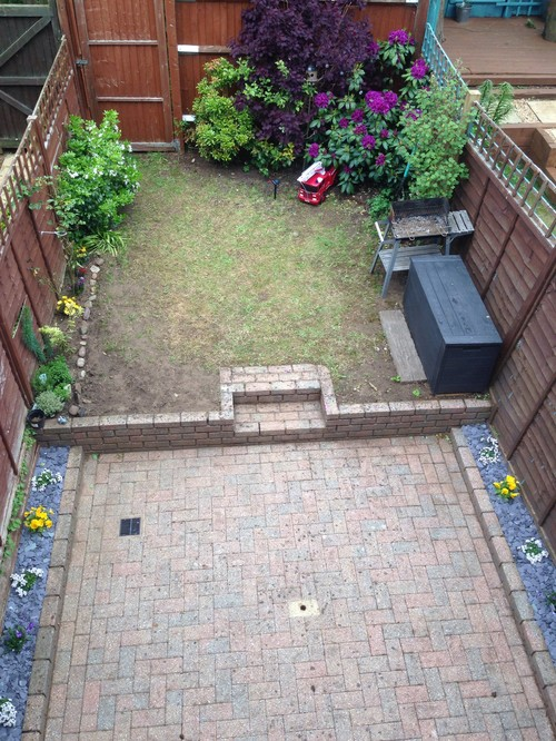 Small garden ideas for Small garden design ideas with lawn
