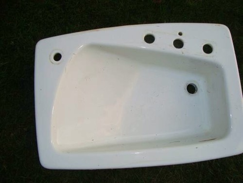 Exceptionnel Kohler Lady Vanity Sink K 2170 8S. This Is A Rare And Hard To Find Amazing Kohler  Sink! Mainly Known For Bathing A Baby, This Is A Very Spacious Sink!