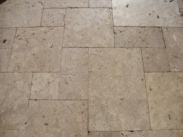Noce Tumbled Versailles Pattern Travertine Landscape Paver