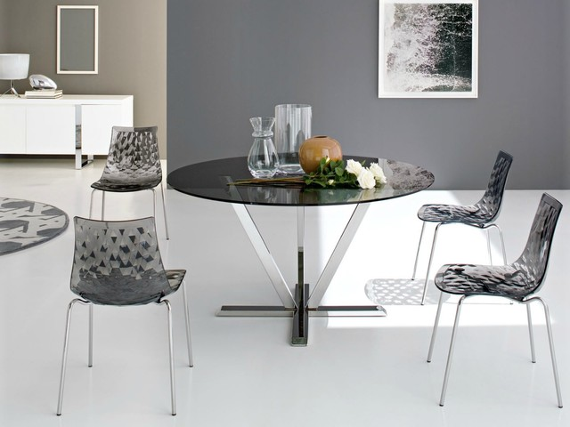 Plastic Dining Room Chairs Dining room with Calligaris Ice Metal and Plastic Chair contemporary-dining-room
