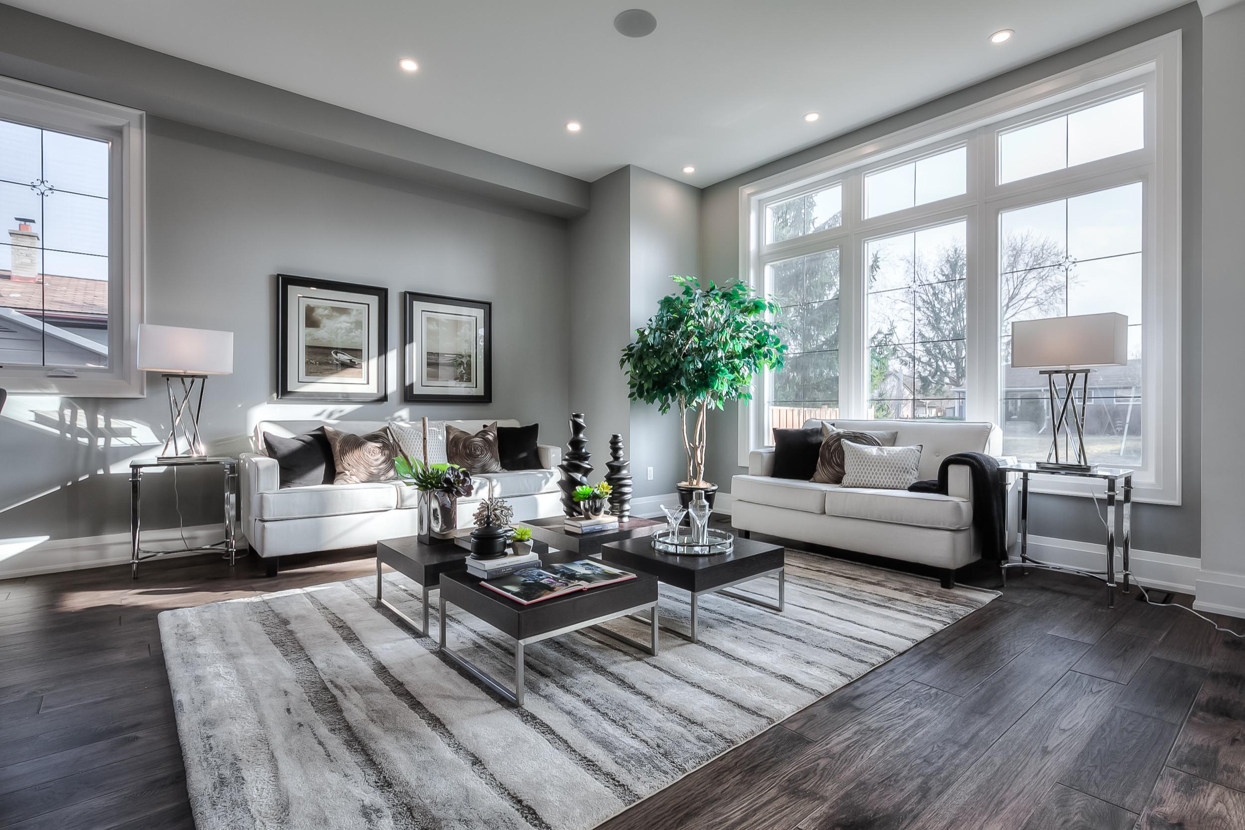 Modern Custom Home in Oakville