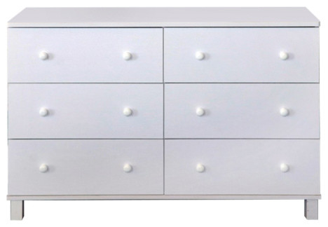 Spacious Dresser With 6 Storage Drawers On Metal Glides.