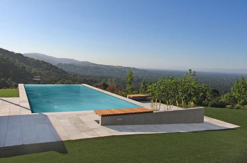 Min  Day modern pool
