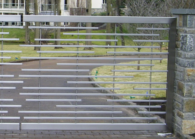 Stainless Steel Driveway Gate Home Fencing And Gates