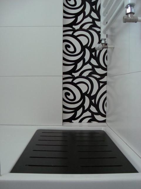 Baño blanco y negro, vivan las flores! - Contemporáneo - Cuarto de ...