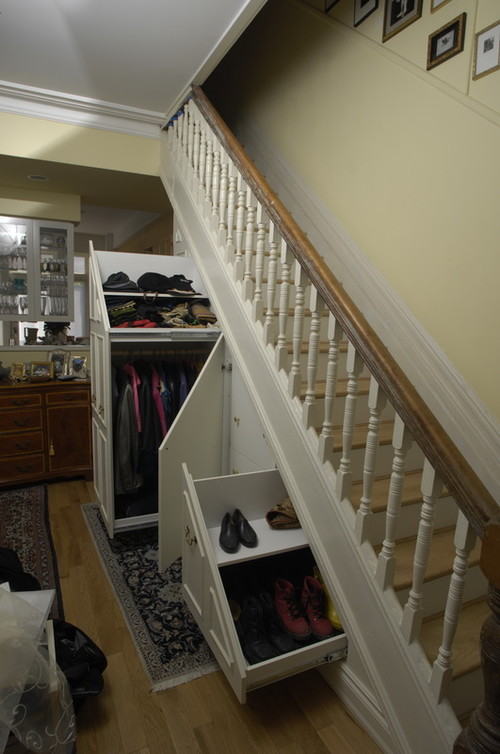 Under-stair storage traditional entry