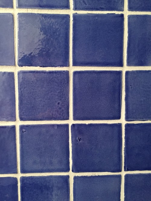 Top Bathroom wall color with cobalt blue tile EZ78