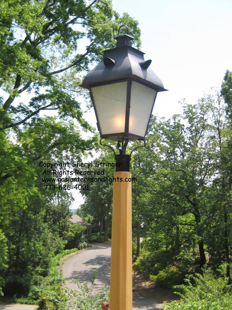Birmingham Gas Lantern on Post, by Sheryl Stringer, gaslanternsandlights.com