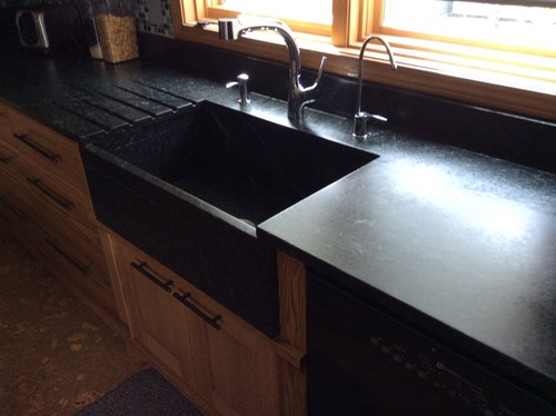 please explain the allure of a farmhouse sink - Kitchen Sink Definition