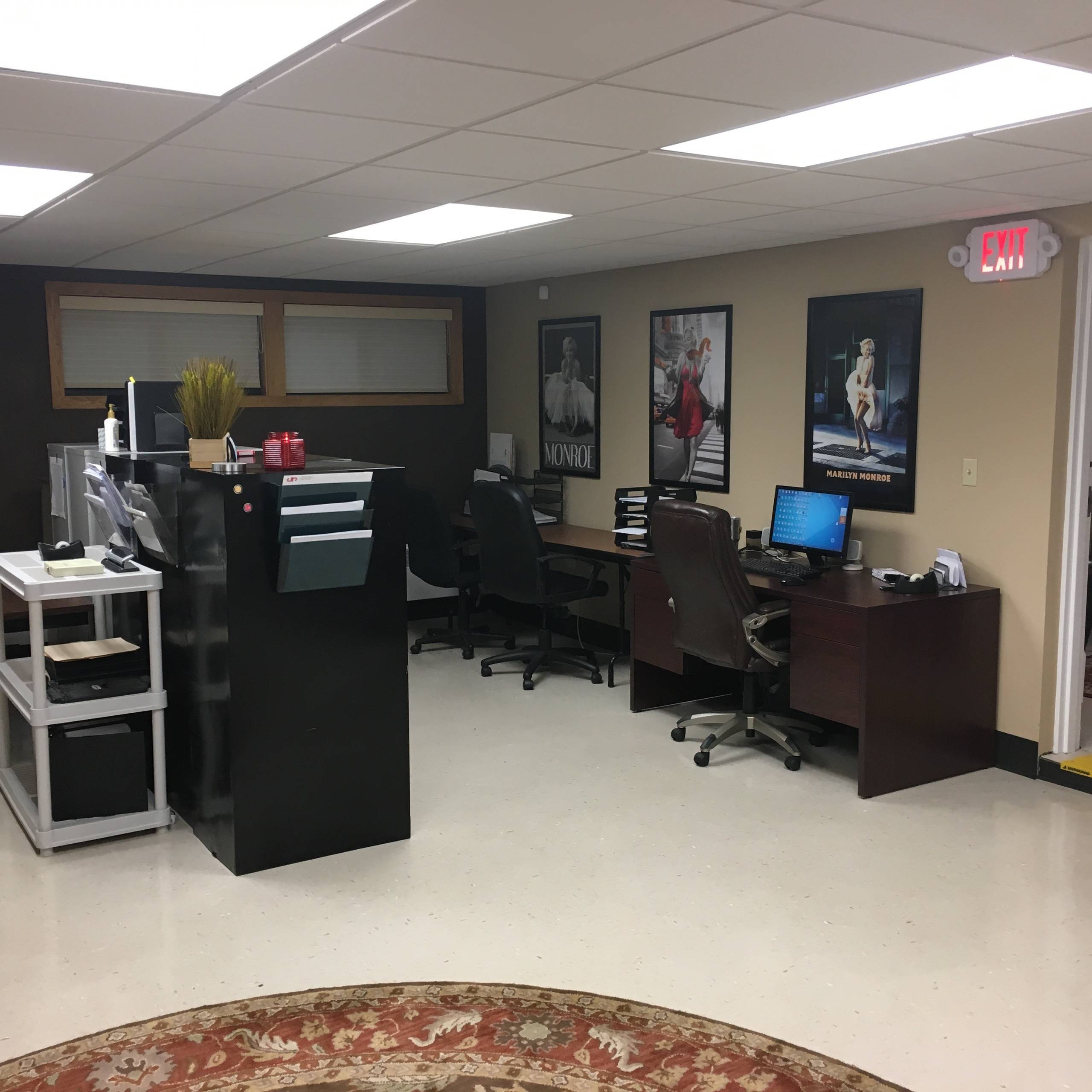 Warm and Welcoming Office Space