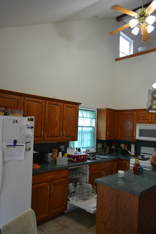 Need Help choosing Color Kitchen Paint Ideas With Hunter Green on grape kitchen ideas, red kitchen ideas, seafoam kitchen ideas, royal blue kitchen ideas, deep purple kitchen ideas, eggplant kitchen ideas, pale yellow kitchen ideas, blue gingham kitchen ideas, terra cotta kitchen ideas, champagne kitchen ideas, rust kitchen ideas, bronze kitchen ideas, buttercup kitchen ideas, mint kitchen ideas, silver kitchen ideas, designer white kitchen ideas, mahogany kitchen ideas, warm white kitchen ideas, cappuccino kitchen ideas, tangerine kitchen ideas,