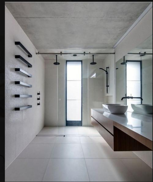 Doccia a pavimento e sanitari sospesi - Bagni con doccia a pavimento ...