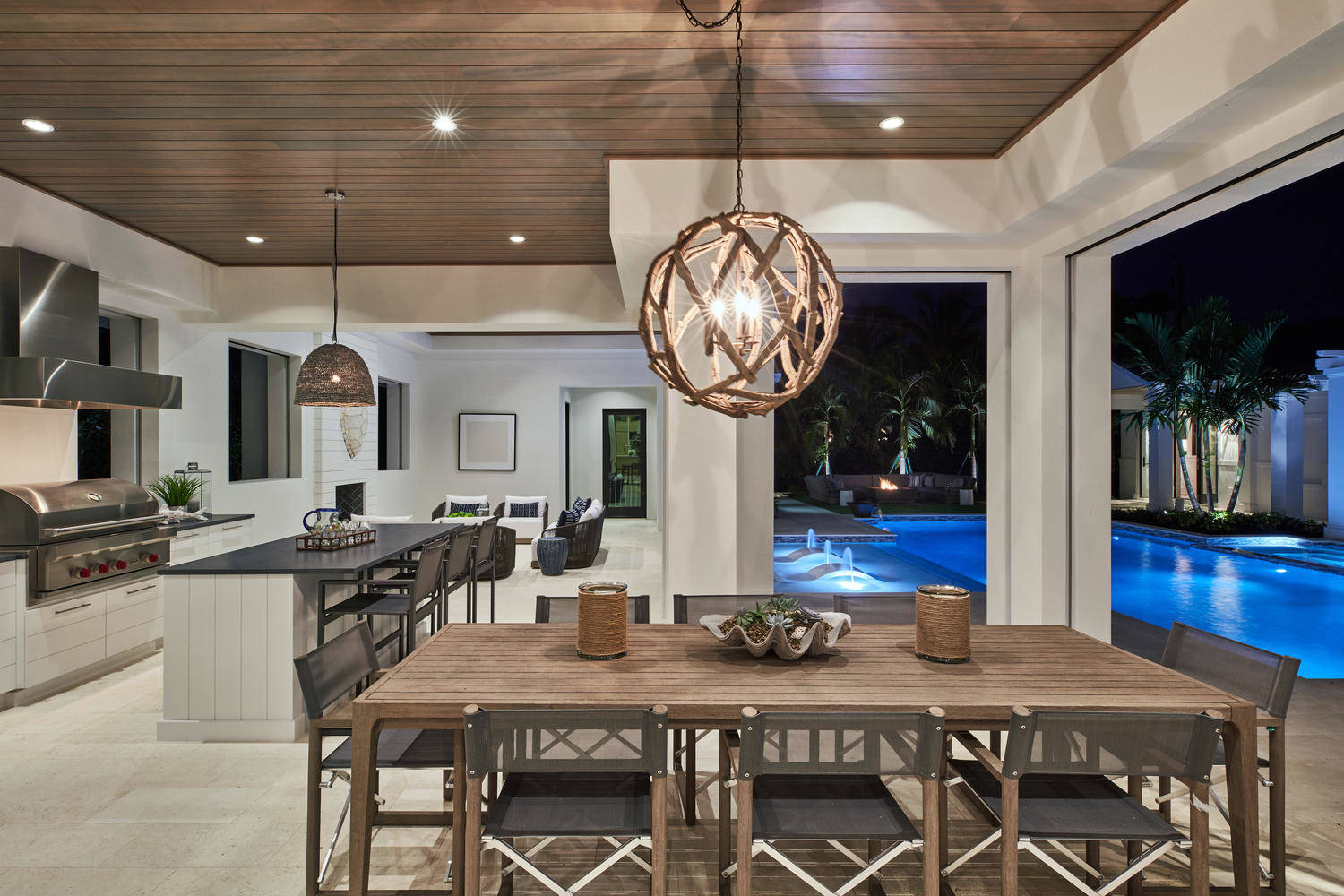 Gordon Drive clean transitional home with Gulf views