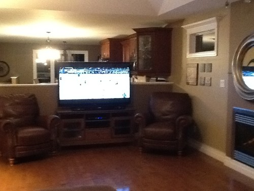 i need help with t.v. placement half walls