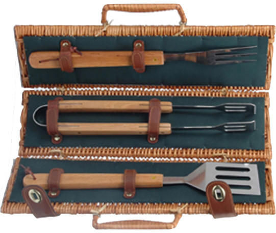 Willow Barbecue Basket, 3-Piece Set.