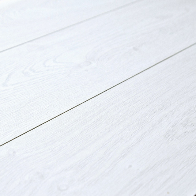 White Laminate Flooring new Kronoswiss Swiss Syncchrome Davos Oak 8mm Laminate Flooring Sample Beach Style Laminate Flooring