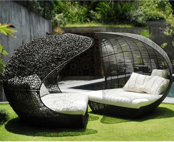 Great Calvin And Hobbes Outdoor Lounge Chairs Outdoor Lounge Chairs